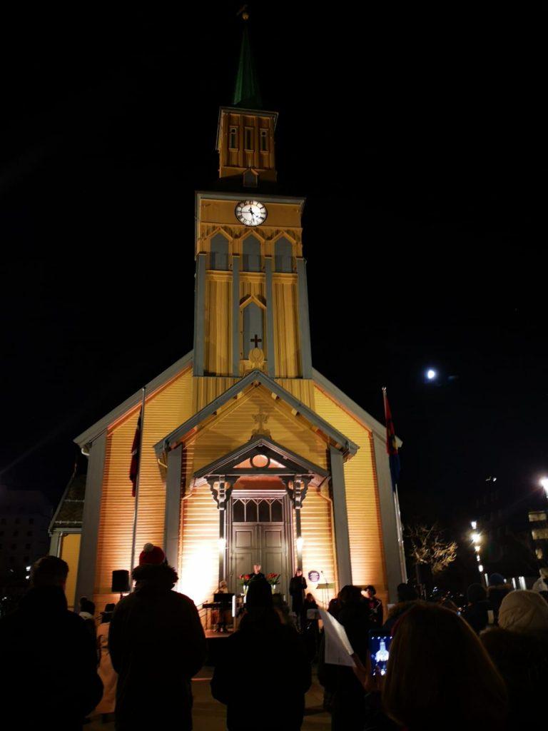 احتفال الميلاد في النرويج: الكورونا لم تغير التقاليد IMG 20201225 WA0007 768x1024