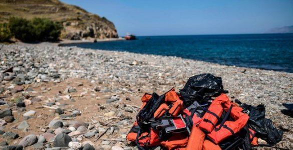 في قضية هي الأولى من نوعها: الشرطة اليونانية تحقق مع رجل بتهمة تعريض ابنه للخطر في المتوسط ExQD NsA SFCjKBdt4STgwxwm9gUrQDEc FBmvNV A Q 585x300