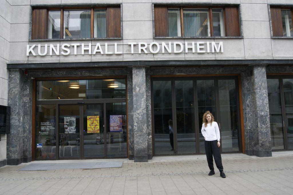 لقاء مع ستيفاني هيسلر: مديرة Kunsthall Trondheim DSC0880 1024x681