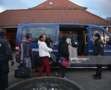الدنمارك أول دولة تبدأ بإعادة اللاجئين السوريين gettyimages 503572664 2048x2048 1 370x300