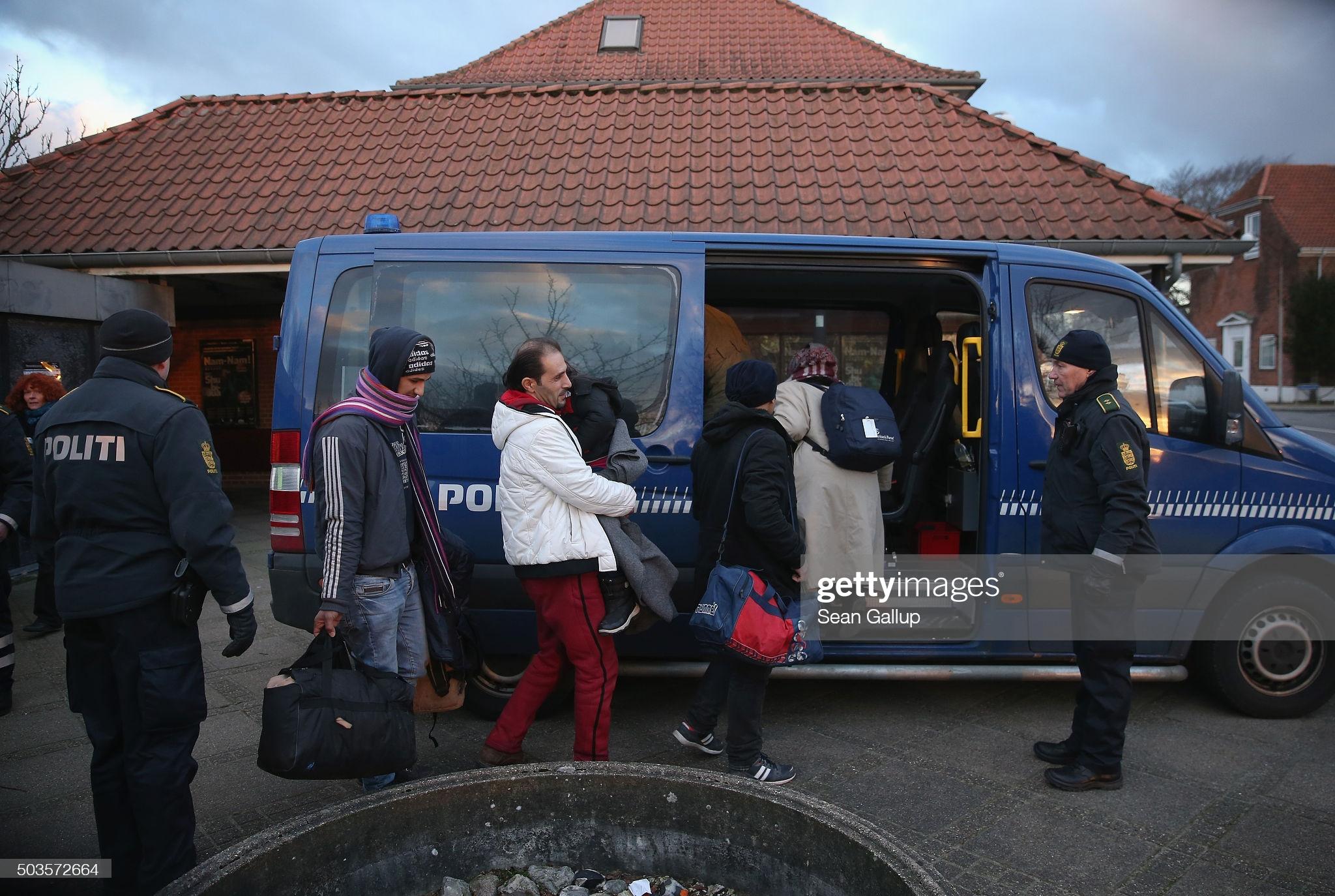 الدنمارك أول دولة تبدأ بإعادة اللاجئين السوريين gettyimages 503572664 2048x2048 1